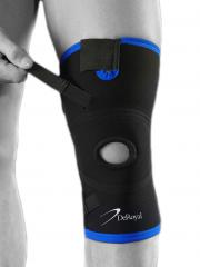 Knee brace for a dislocated patella